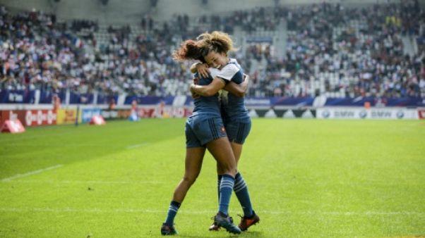 Rugby à VII: les Françaises surmontent l'obstacle canadien