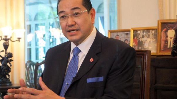 رئيس لجنة الروهينجا في ميانمار يرفض انتقادات أمينها العام المستقيل