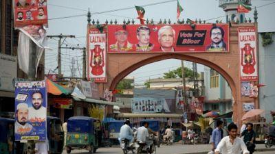 Aux élections pakistanaises, des candidats iconoclastes, la langue pas dans leur poche
