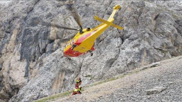 Precipita e muore in montagna Trentino