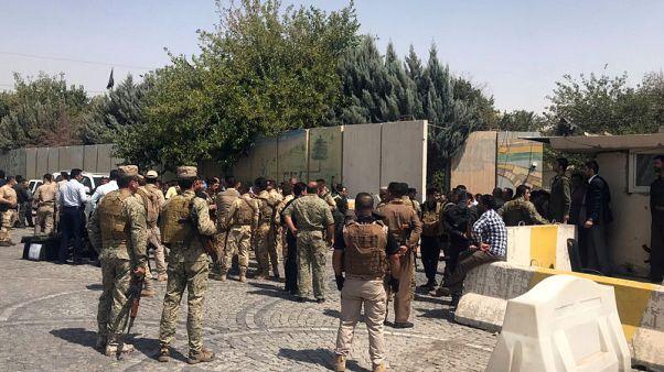 مصادر أمنية: قناصة يطلقون النار على مسلحين داخل مقر محافظة أربيل