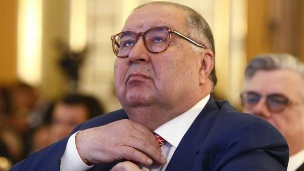 فاينانشال تايمز: اوسمانوف يبحث بيع 30% من أسهم أرسنال
