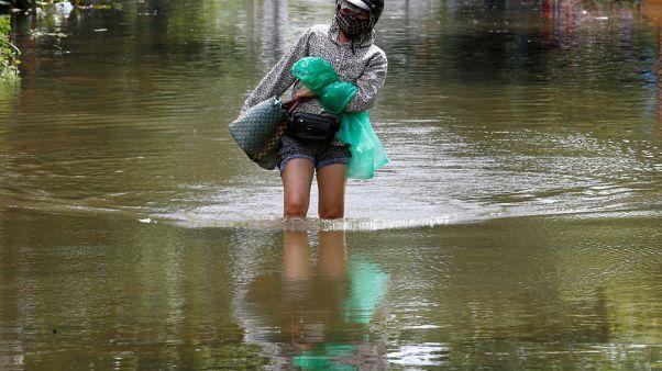 ارتفاع عدد ضحايا سيول فيتنام إلى 27 وتوقعات بمزيد من الأمطار