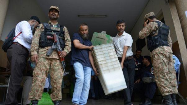 Pakistan: derniers préparatifs à la veille du scrutin
