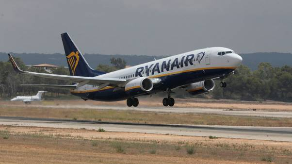 Four airlines submit complaint against France over strikes