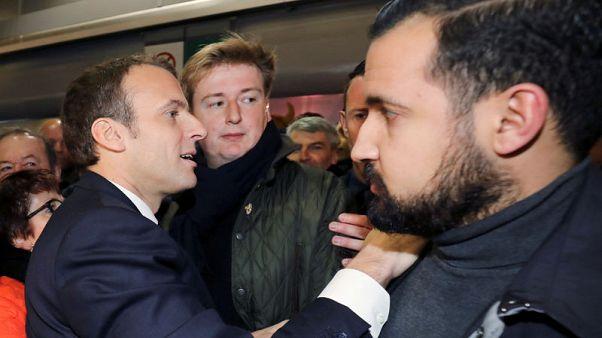 المعارضة الفرنسية تطالب باقتراع على حجب الثقة عن الحكومة