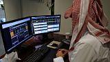 ارتفاع أسهم البنوك السعودية وتراجع البورصة تحت ضغط شركات بتروكيماويات