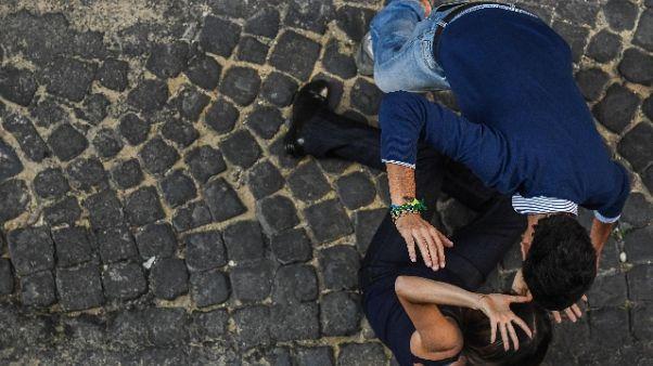 Turista inglese, io stuprata due volte