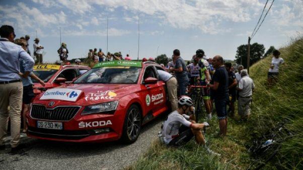 Tour de France: brève neutralisation de la course par des paysans