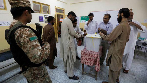 بدء التصويت في الانتخابات العامة بباكستان