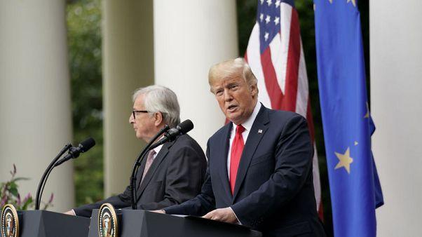 ترامب يقول إنه اتفق مع الاتحاد الأوروبي على العمل لخفض الحواجز التجارية