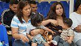 """Etats-Unis: des centaines de familles de migrants """"inéligibles"""" aux retrouvailles"""