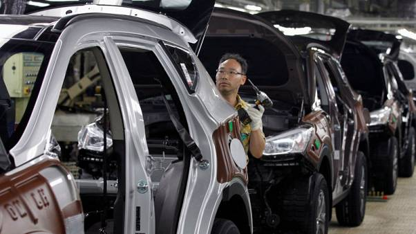 As Hyundai struggles, its labour union shows signs of softening