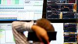 Good earnings help European shares stay at highs