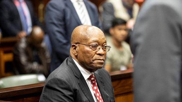 إرجاء قضية فساد متهم بها رئيس جنوب أفريقيا السابق زوما إلى 30 نوفمبر