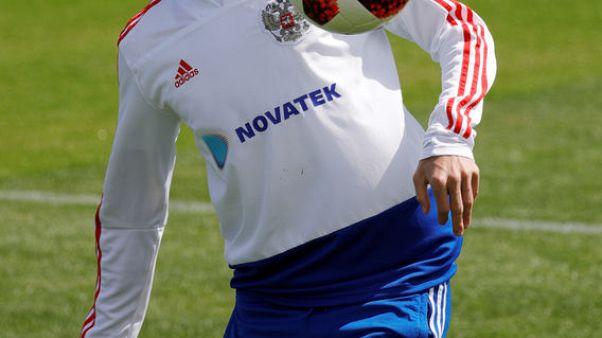 جولوفين لاعب وسط روسيا ينضم إلى موناكو لمدة خمس سنوات
