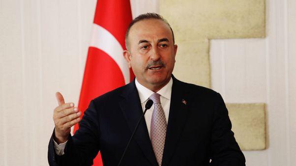 وزير خارجية تركيا لنظيره الأمريكي: أنقرة لن تخضع لتهديد أحد