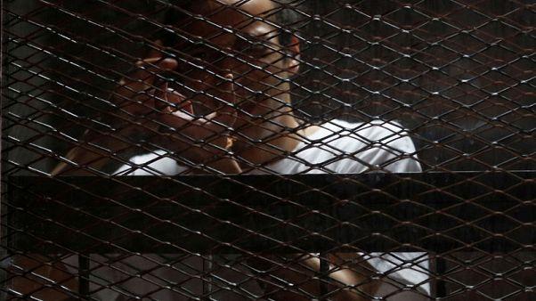 مصور مصري حائز على جائزة اليونسكو لحرية الصحافة ينتظر حكما