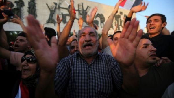 Des Irakiens manifestent contre la corruption à Bagdad, le 27 juin 2018