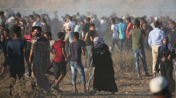 الشرطة الإسرائيلية تقتحم المسجد الأقصى بعد اشتباكات ومقتل اثنين في غزة