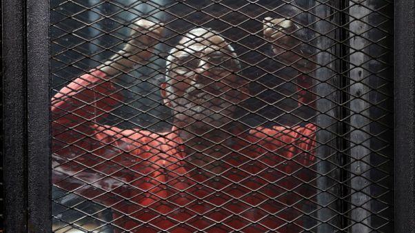محكمة مصرية تحيل أوراق 75 متهما للمفتي في قضية فض اعتصام رابعة
