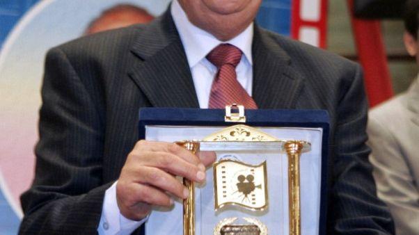 جائزة فاتن حمامة التقديرية من مهرجان القاهرة للممثل حسن حسني