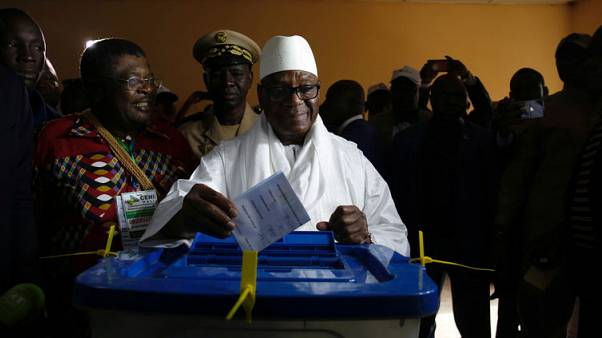 بدء فرز الأصوات بانتخابات مالي الرئاسية وسط تدهور للوضع الأمني