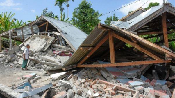 Indonésie : au moins 14 morts dans un puissant séisme sur l'île de Lombok