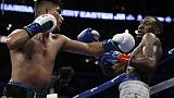 Boxe: Garcia unifica titoli pesi leggeri
