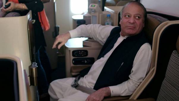 Doctors say jailed former Pakistani PM Sharif should be transferred to hospital