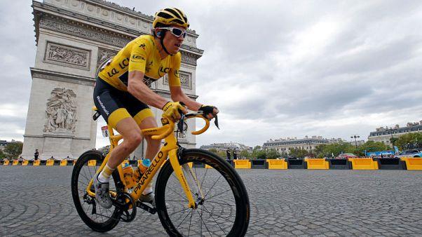 توماس يحرز لقبه الأول في سباق فرنسا وفريق سكاي يواصل سيطرته