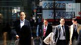 نيكي يهبط 0.44% في بداية التعامل بطوكيو