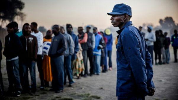 Le Zimbabwe aux urnes pour les premières élections post-Mugabe