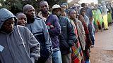 بدء التصويت في أول انتخابات بزيمبابوي منذ الإطاحة بموجابي