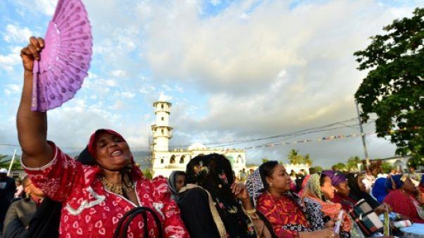 Référendum aux Comores: début du vote pour approuver ou non le renforcement des pouvoirs du président