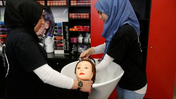 Hairdressing school gives Syrian refugees in Lebanon dream of independence