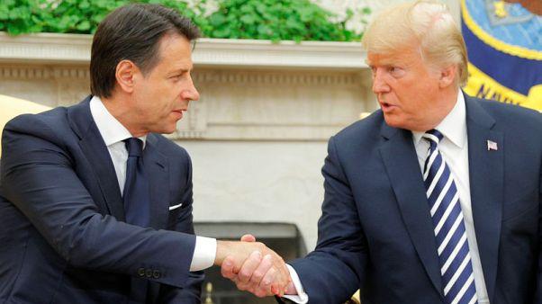 ترامب يشيد بسياسات الهجرة الإيطالية في اجتماع مع كونتي