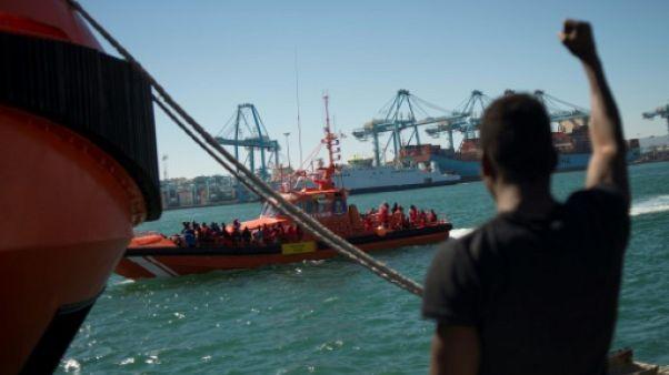 L'Espagne peine à faire face aux arrivées de migrants
