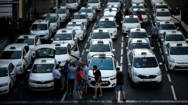 Grève des taxis espagnols à Madrid, le 31 juillet 2018