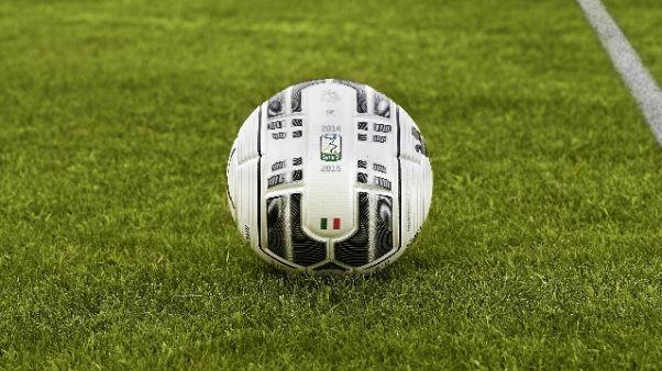 Coni respinge ricorso Bari,niente SerieB