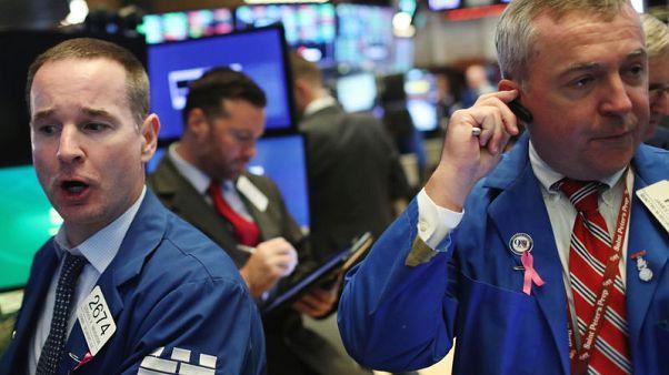 بورصة وول ستريت تغلق مرتفعة والمؤشران داو جونز وإس آند بي يسجلان أفضل أداء شهري منذ يناير
