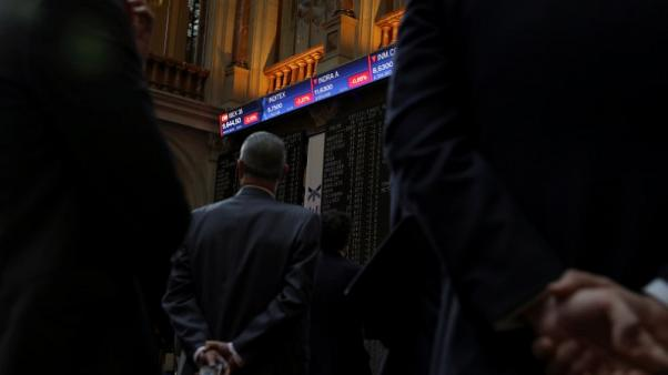 أسهم أوروبا تستقر صباحا وسط تفاؤل بالأرباح ومخاوف من الحرب التجارية