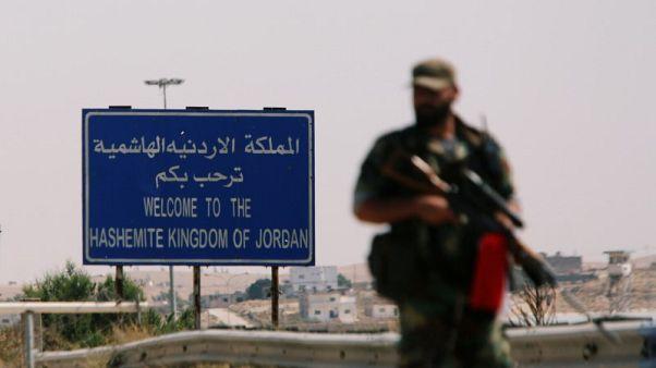 سوريا تقول إن الطريق إلى معبر الأردن جاهز وتدرس فتحه