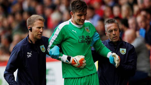 Burnley seek UEFA keeper dispensation after Pope and Heaton injuries