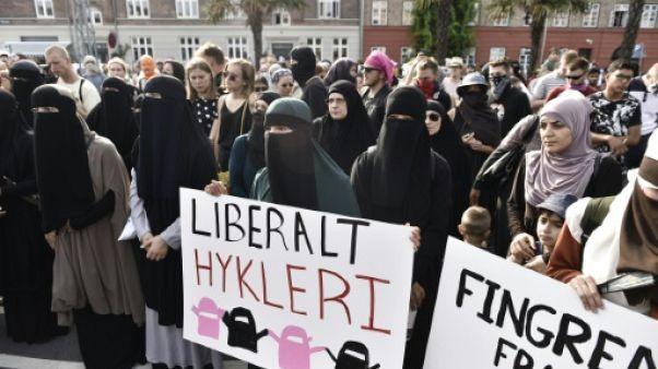 La loi controversée sur le port du voile intégral entre en vigueur au Danemark