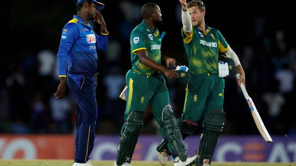 Cricket - South Africa's De Kock hits quickfire 87 to set up ODI win