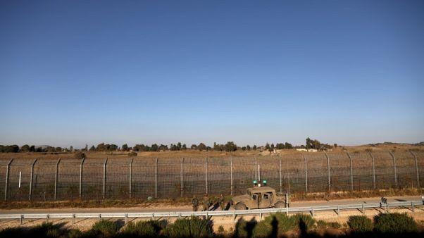 راديو إسرائيل: ضربة جوية تقتل 7 مسلحين بالجولان السورية
