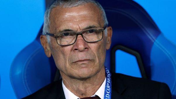 كوبر مدرب مصر السابق سيتولى قيادة أوزبكستان