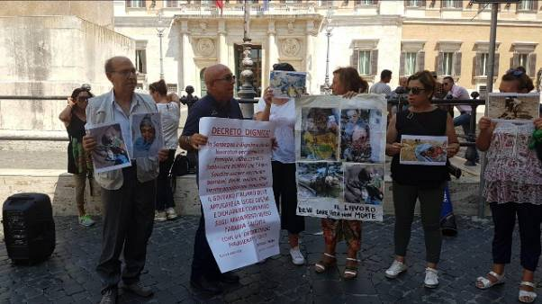 Fabbrica bombe Sardegna, protesta a Roma