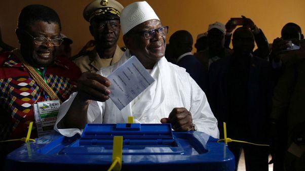 الانتخابات الرئاسية في مالي تتجه إلى جولة ثانية